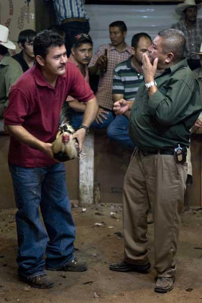 http://www.pablodelano.com/files/gimgs/13_hondurasweb26.jpg